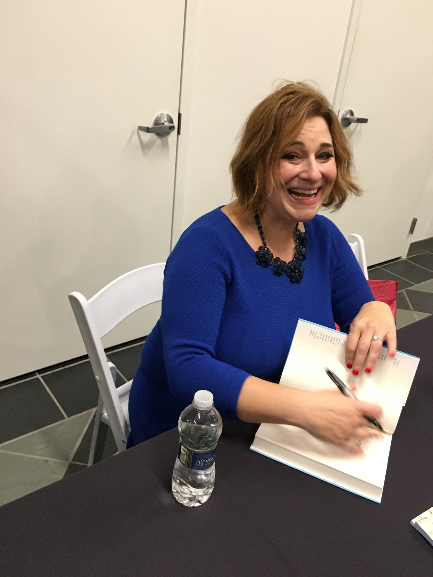 Jennifer Weiner at book signing in Columbus, Ohio